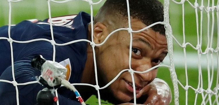 El delantero francés prefiere no hablar de su renovación con el PSG